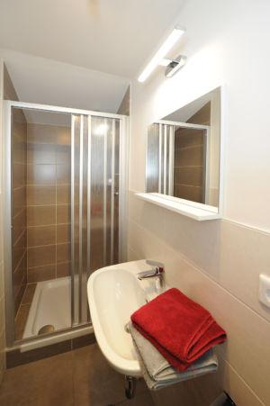 Zimmer Obergeschoss Bad